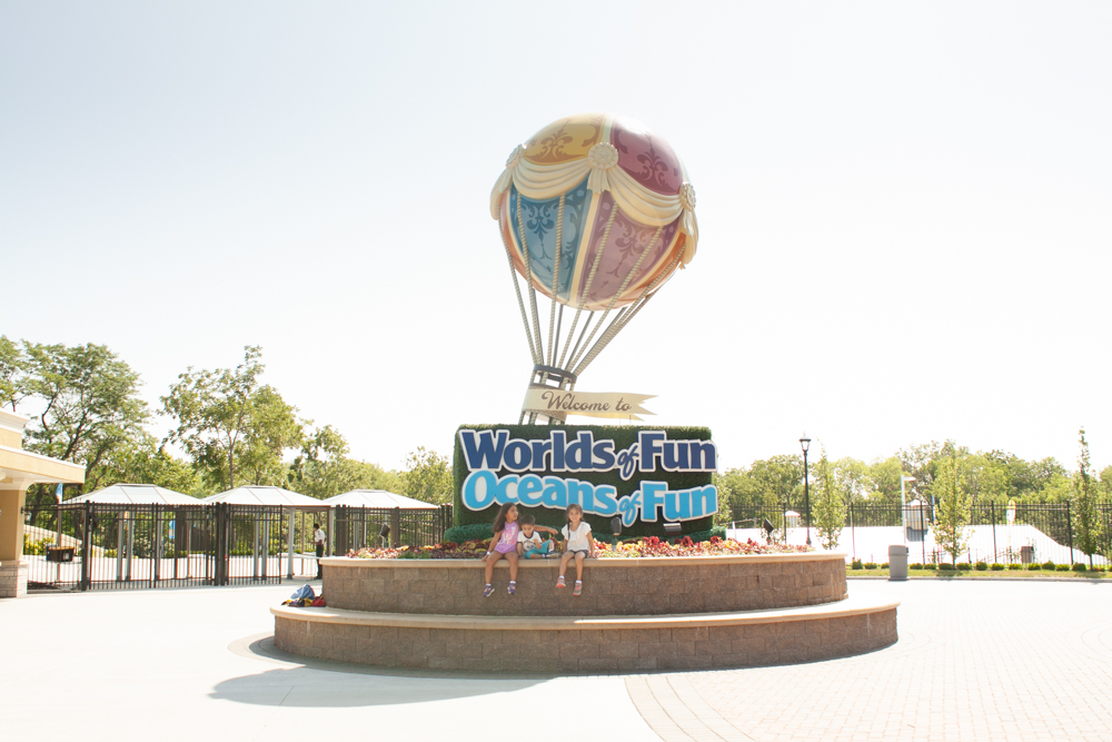 Tips for Preparing to Visit Worlds of Fun with Kids