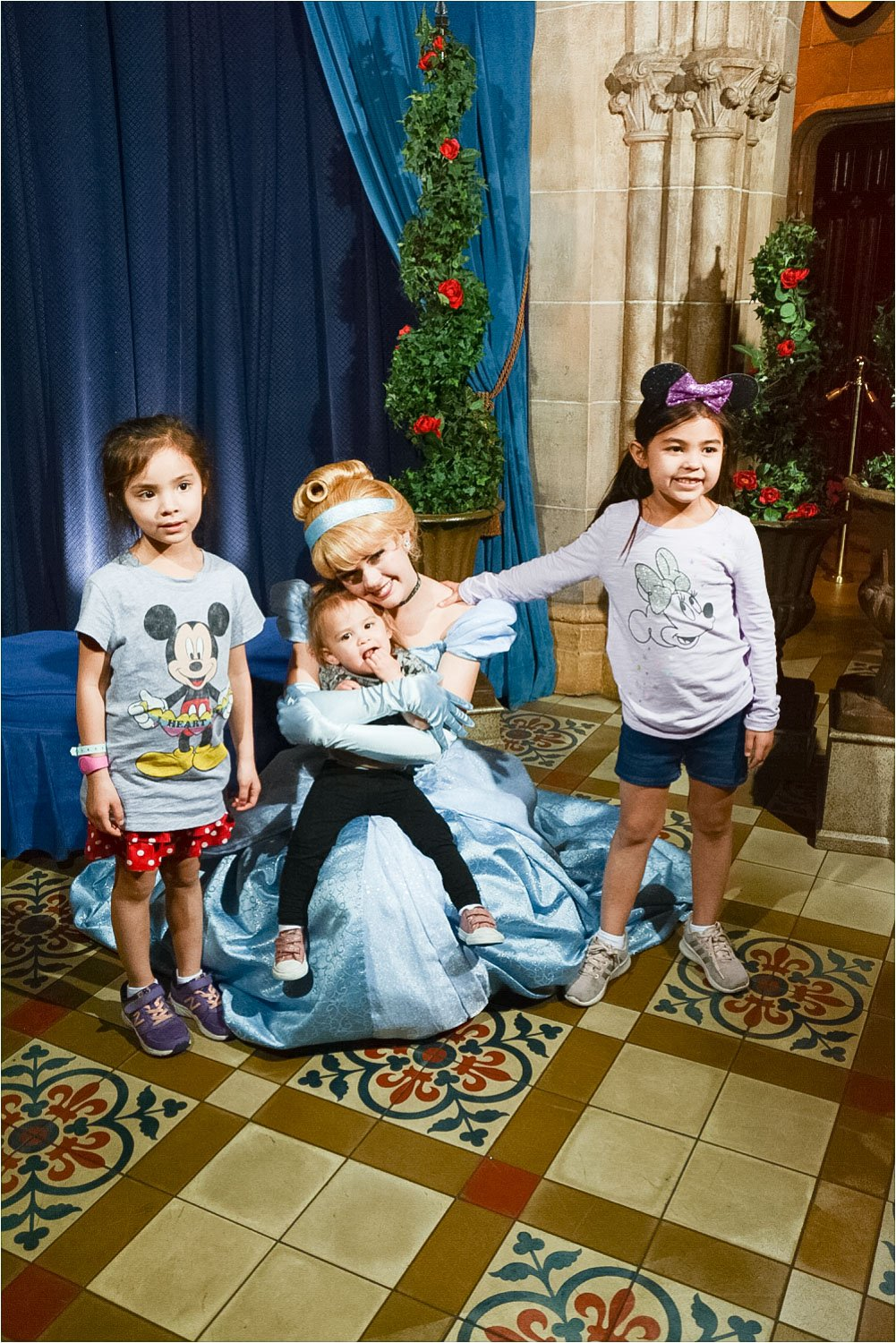 Disney restaurant review at Cinderella's Royal Table photo with Cinderella