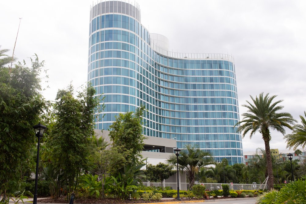 Aventura Hotel UNBIASED Review - Universal Resort in Orlando