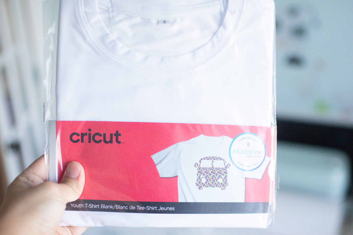 cricut infusible ink pens with drawing polyester shirt