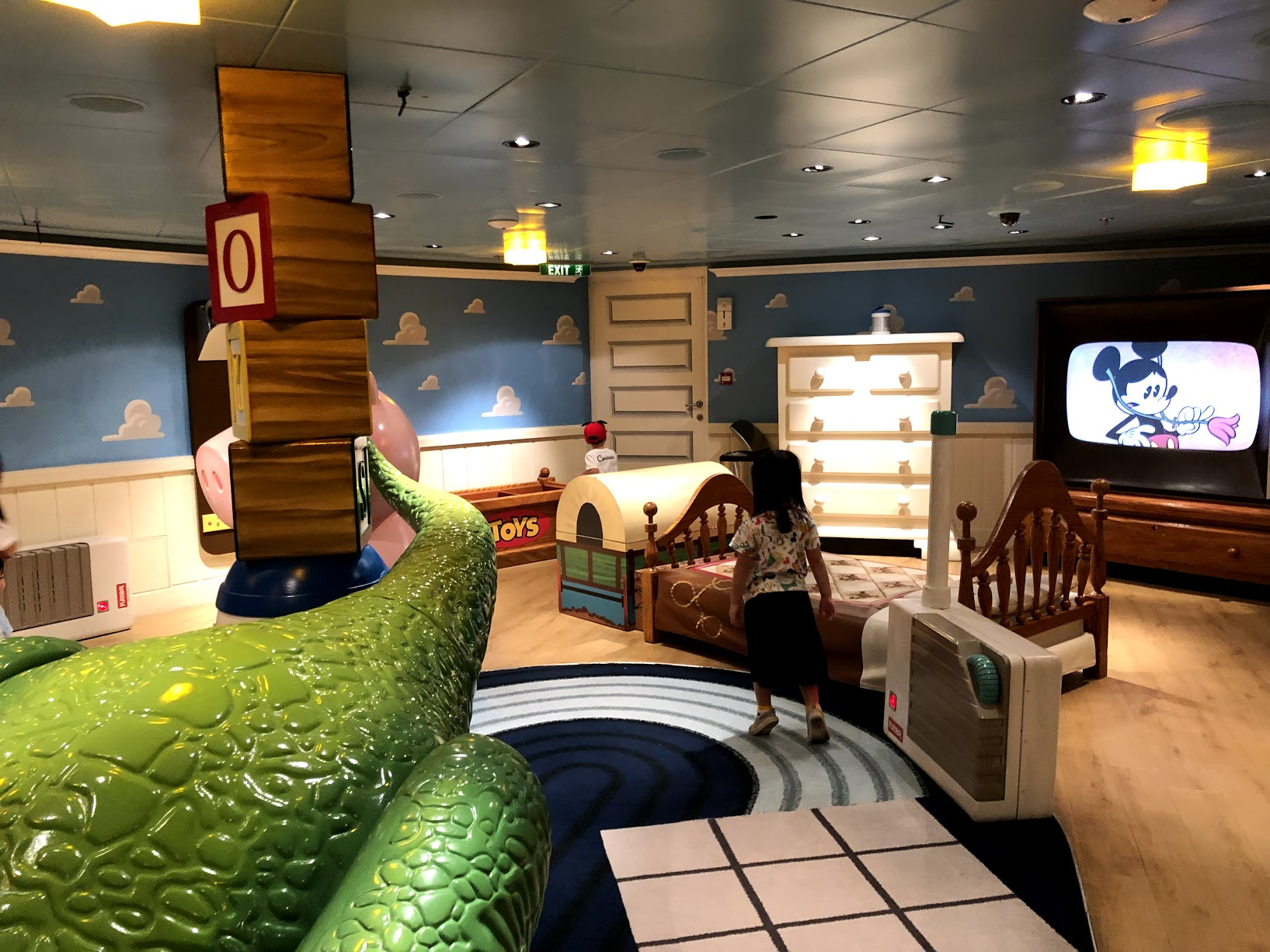 disney dream oceaneers club 20