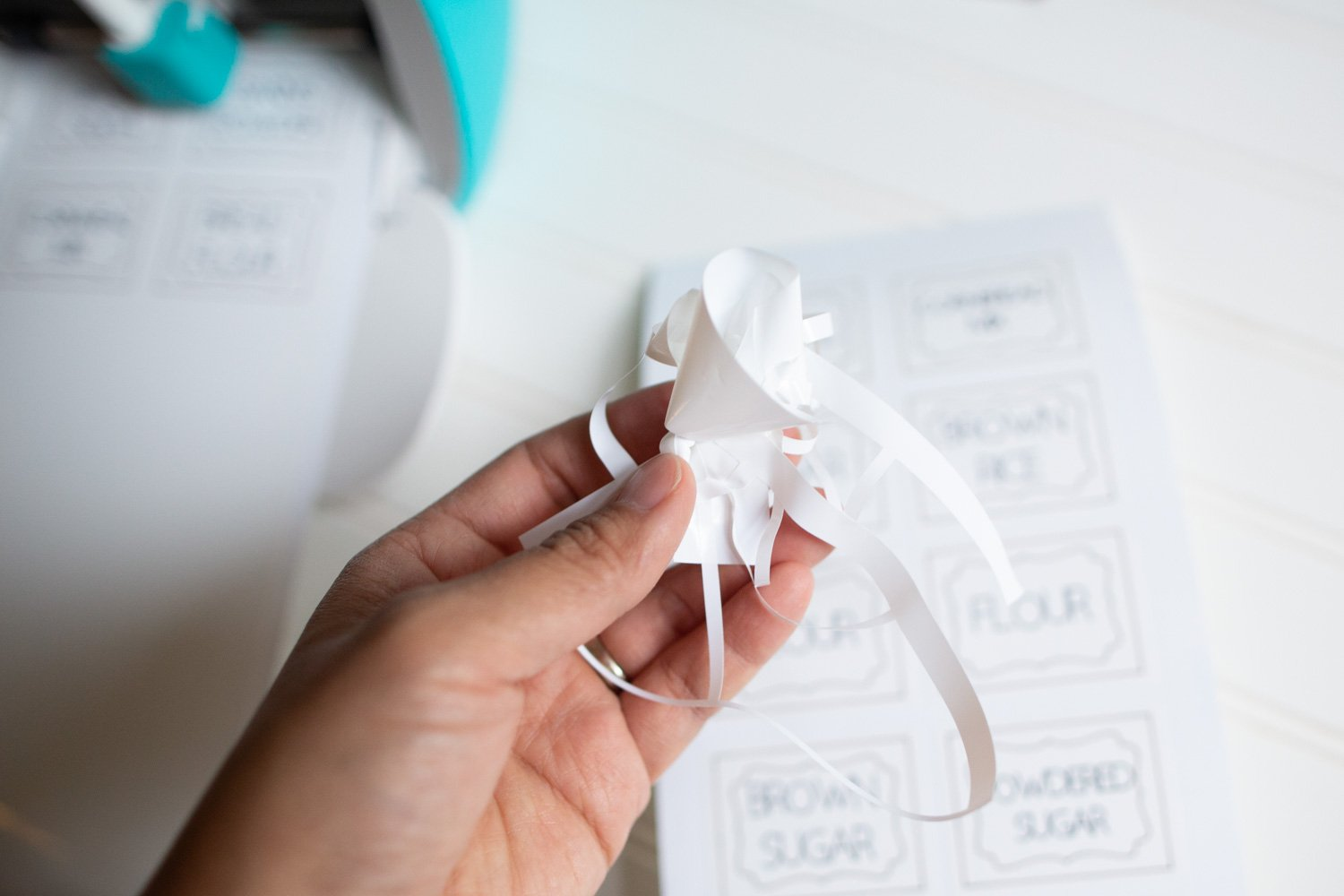 how to make pantry labels with Cricut Joy using Smart Label Writable Vinyl