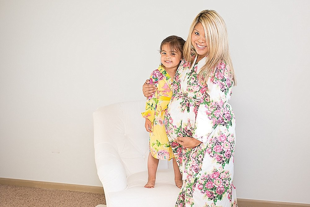 beautiful maternity floral robe_0003