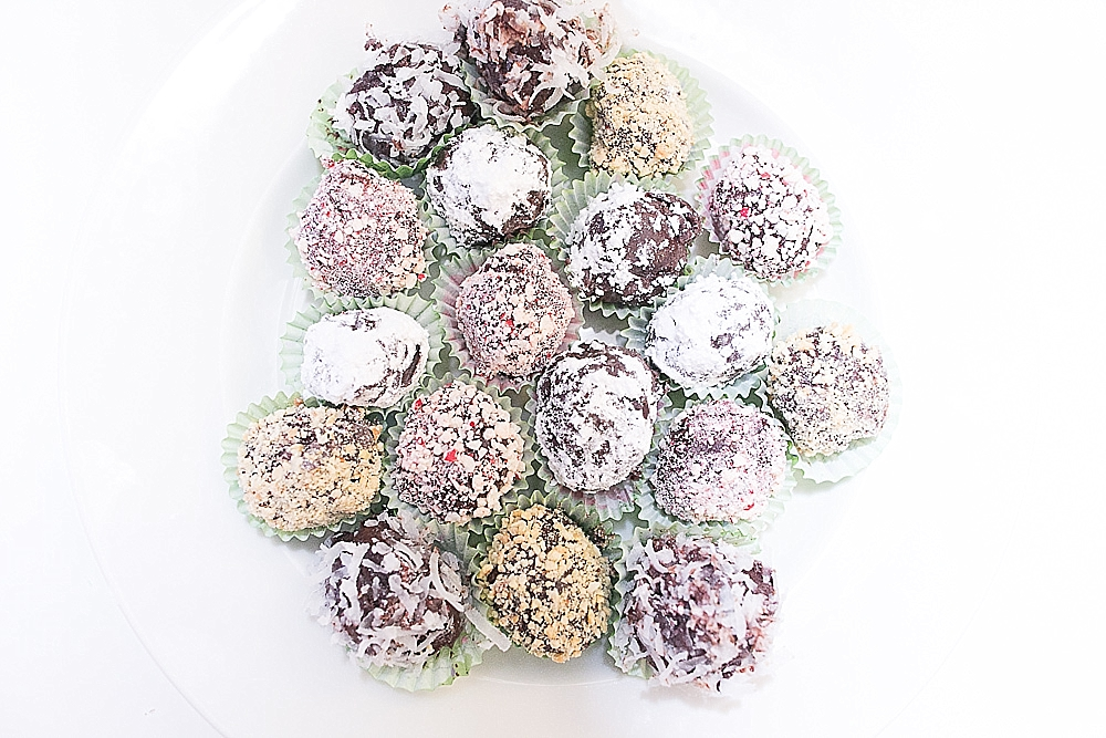 holiday truffles and mini cupcakes_0006