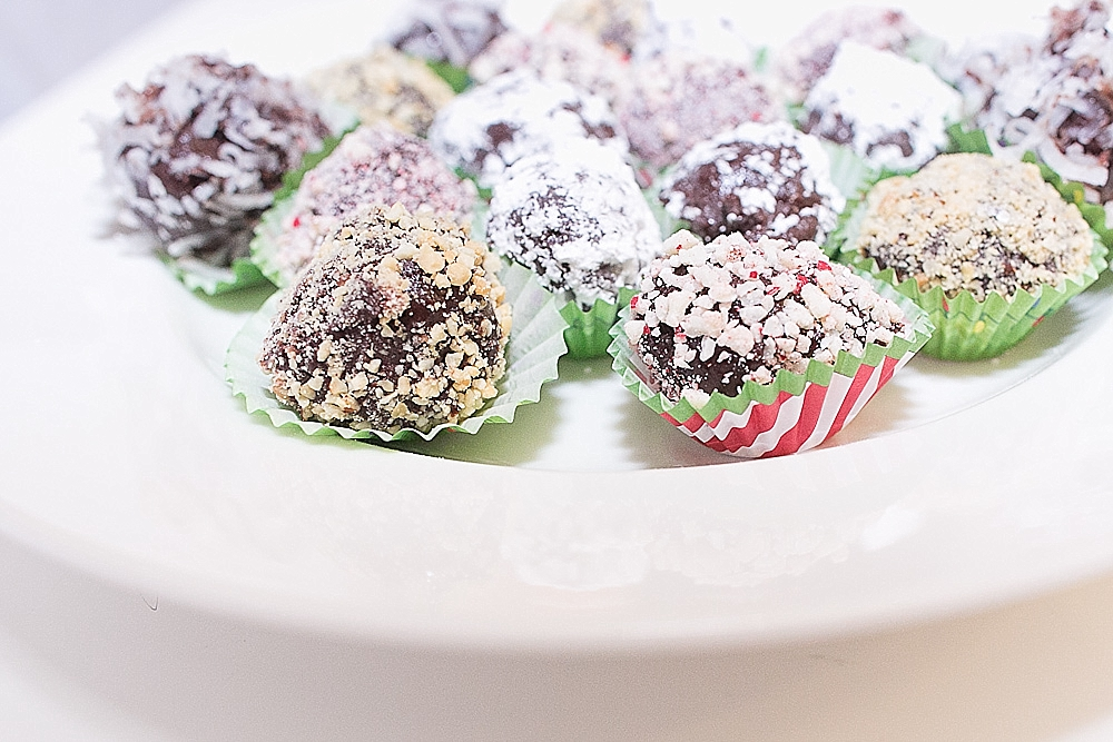 holiday truffles and mini cupcakes_0007