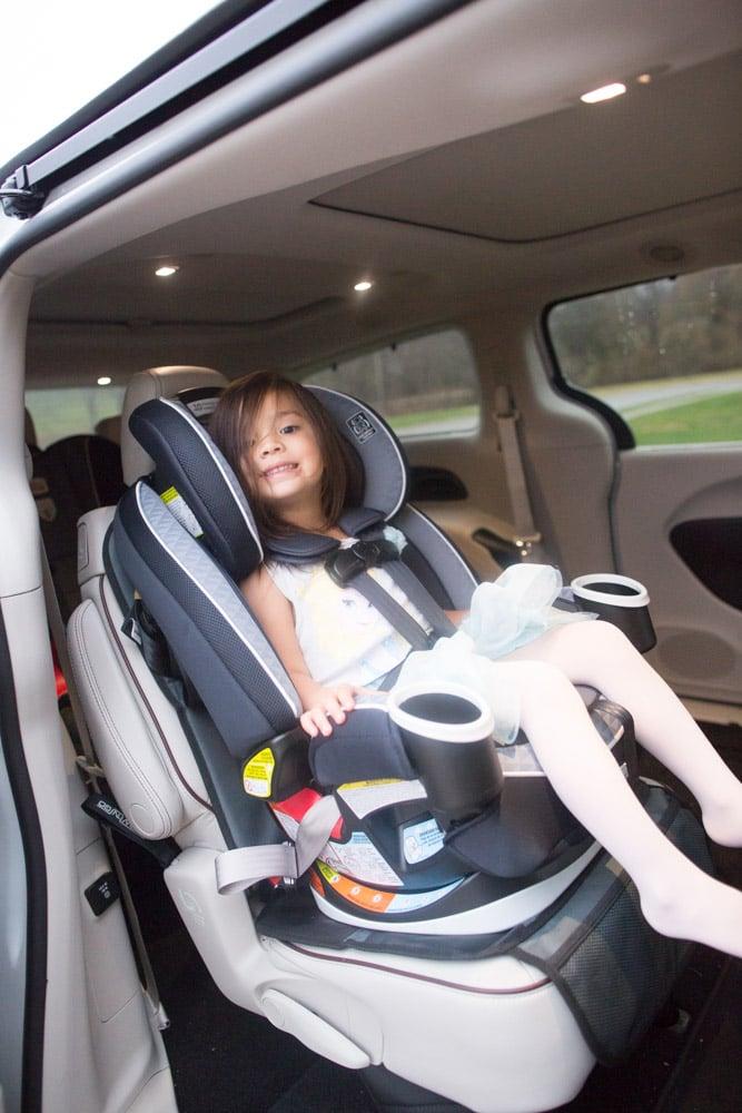 diy-baby-toy-sensory-tag-blanket_0007