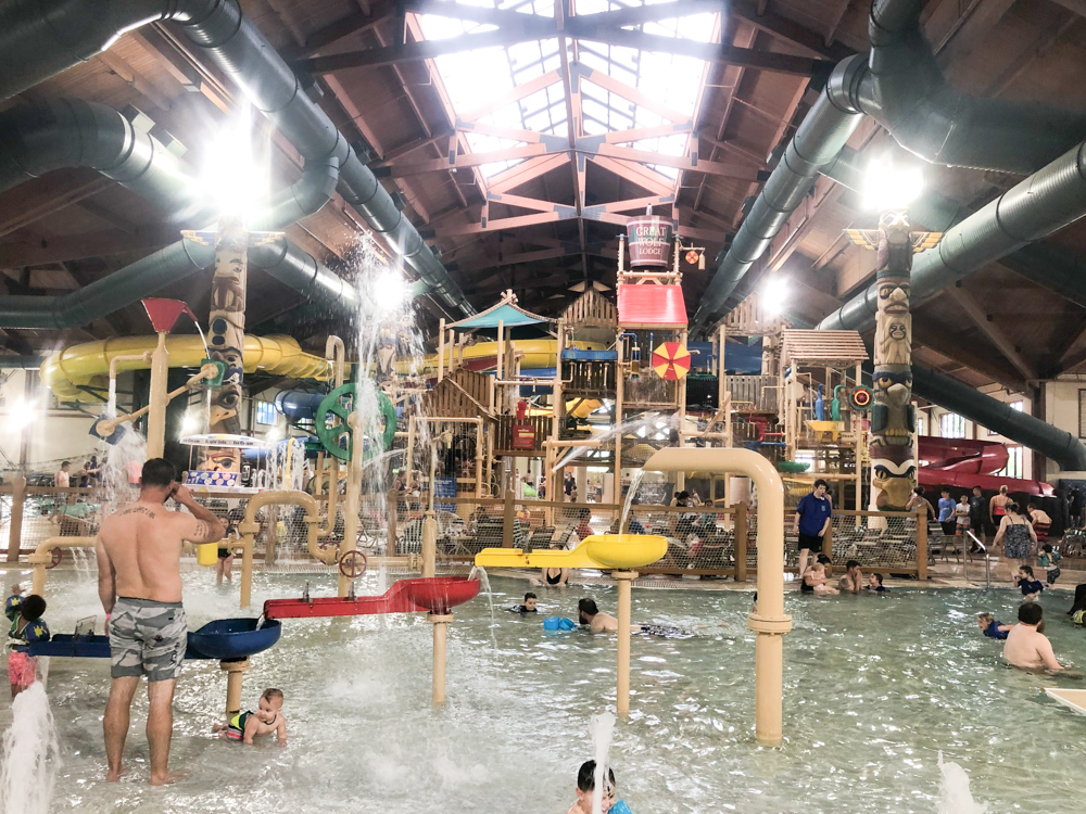 Great Wolf Lodge Kansas City KS Review with Our Family of Six
