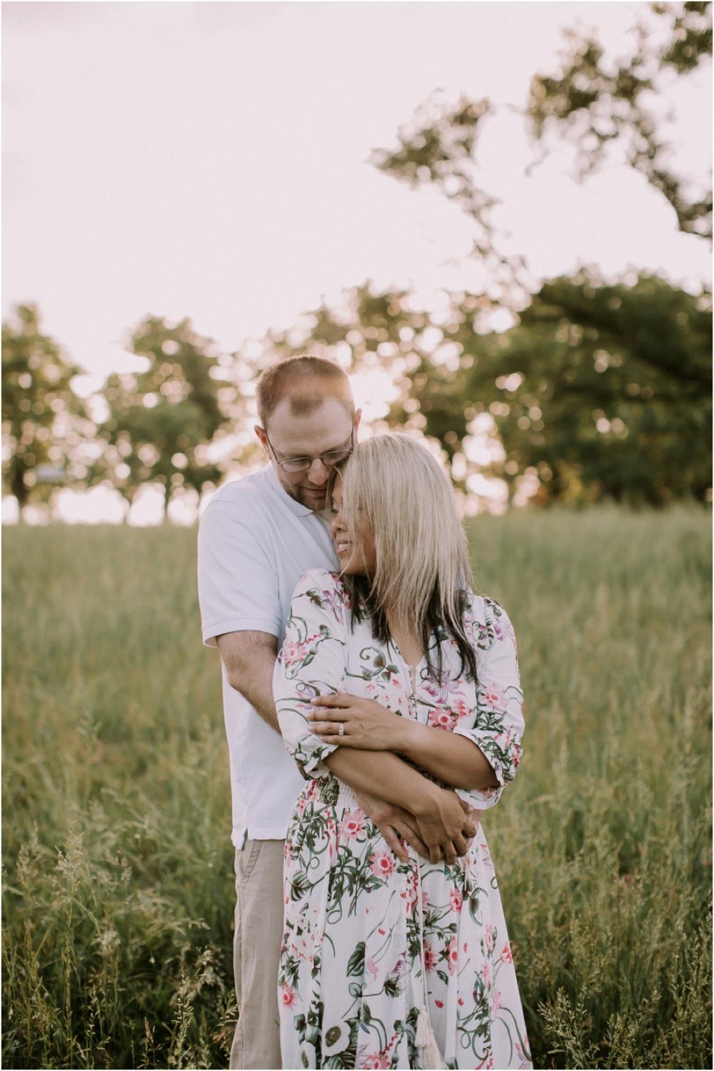 ten year wedding anniversary portrait sengerson kansas city mom blogger