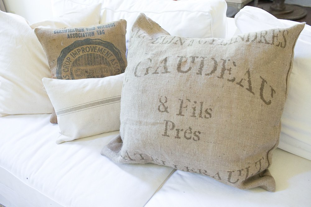 The 10 Best Grain Sack Pillows for Fall (Affordable)