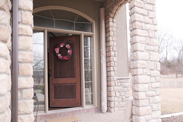 How to Choose a Rug Interior Design Surburban Home 0001