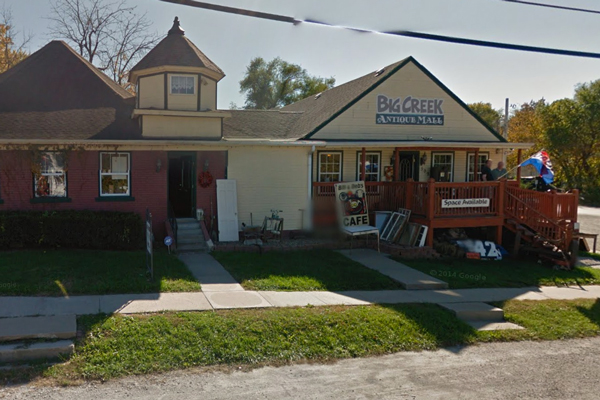 greenwood antique stores