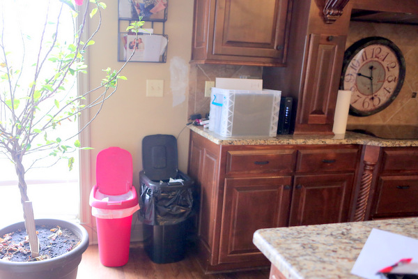 DIY Pull Out Trash Bin and Recycle Bin