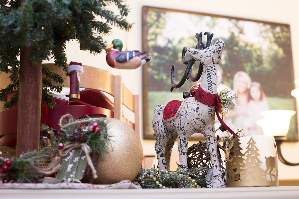 christmas foyer decor17