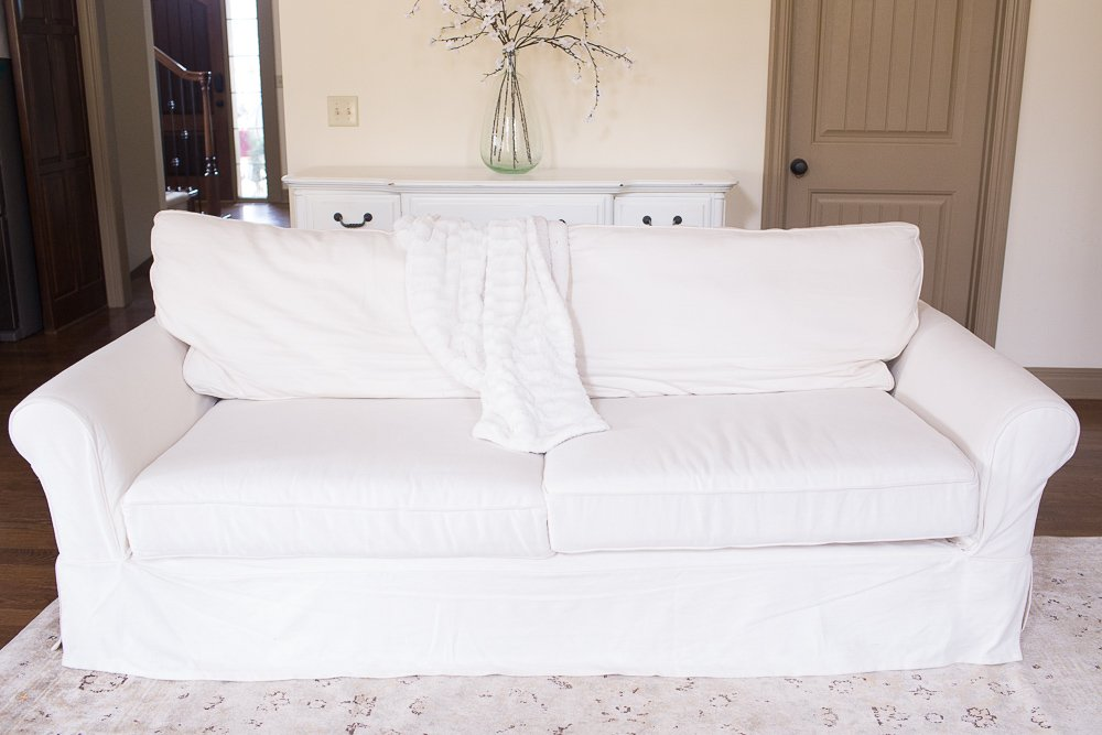 Charming Pottery Barn Grand Sofa Review 0002
