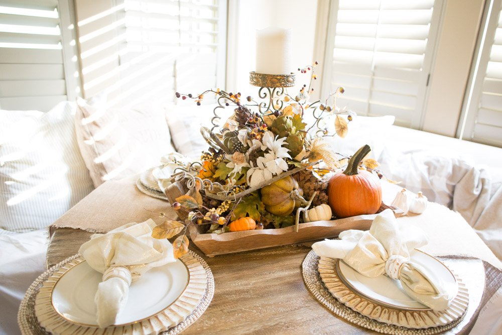 Thanksgiving Table Decorating Ideas That You Can Replicate