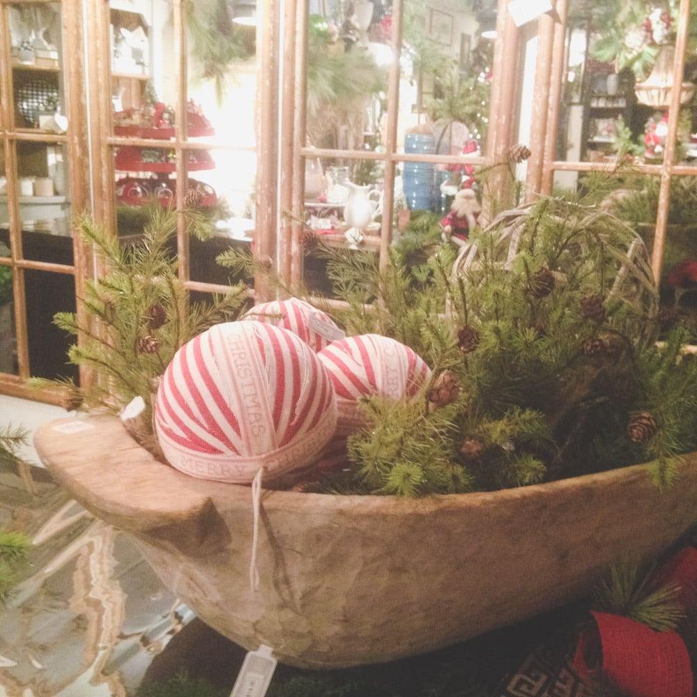 christmas-decorating-nell-hills-mary-carol-04