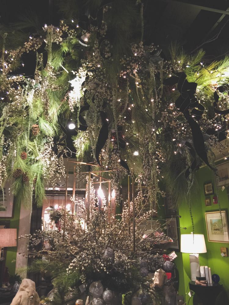 christmas-decorating-nell-hills-mary-carol-12