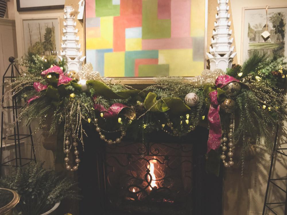 christmas-decorating-nell-hills-mary-carol-13