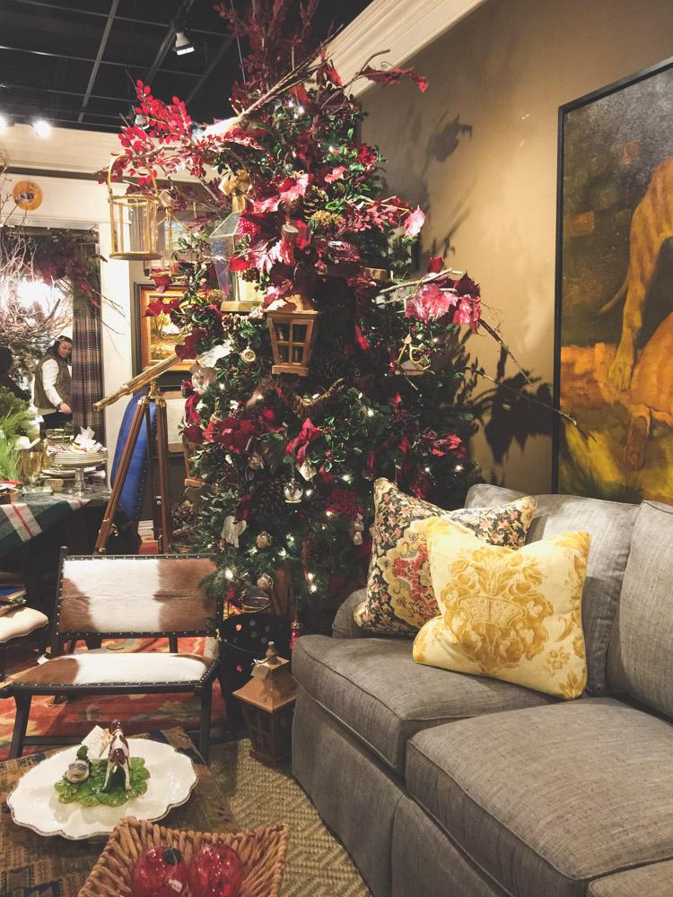 christmas-decorating-nell-hills-mary-carol-17