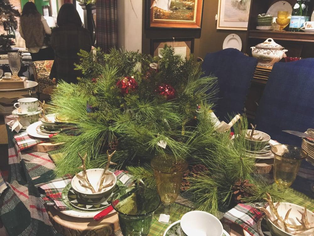 christmas-decorating-nell-hills-mary-carol-18