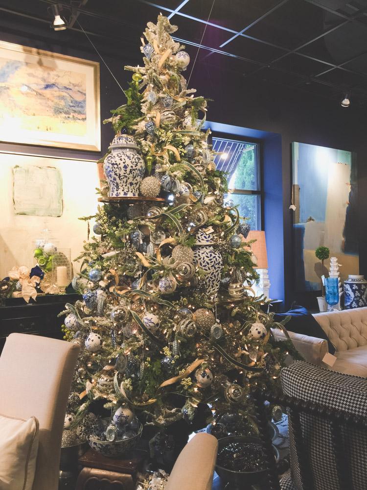 christmas-decorating-nell-hills-mary-carol-20