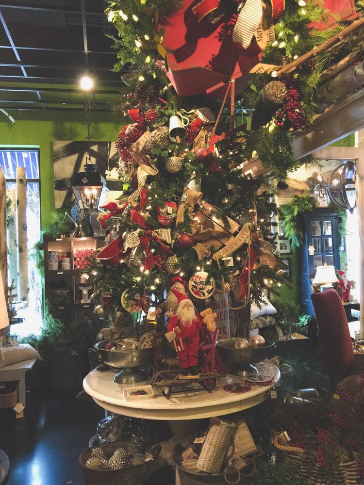 christmas-decorating-nell-hills-mary-carol-29