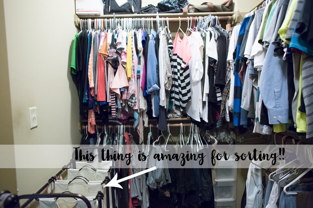 velvet-hangers-sorting