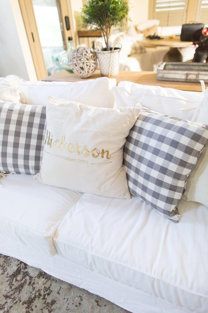 best slipcovered sofas, white slipcovers, white couch slipcovers, white sofa covers