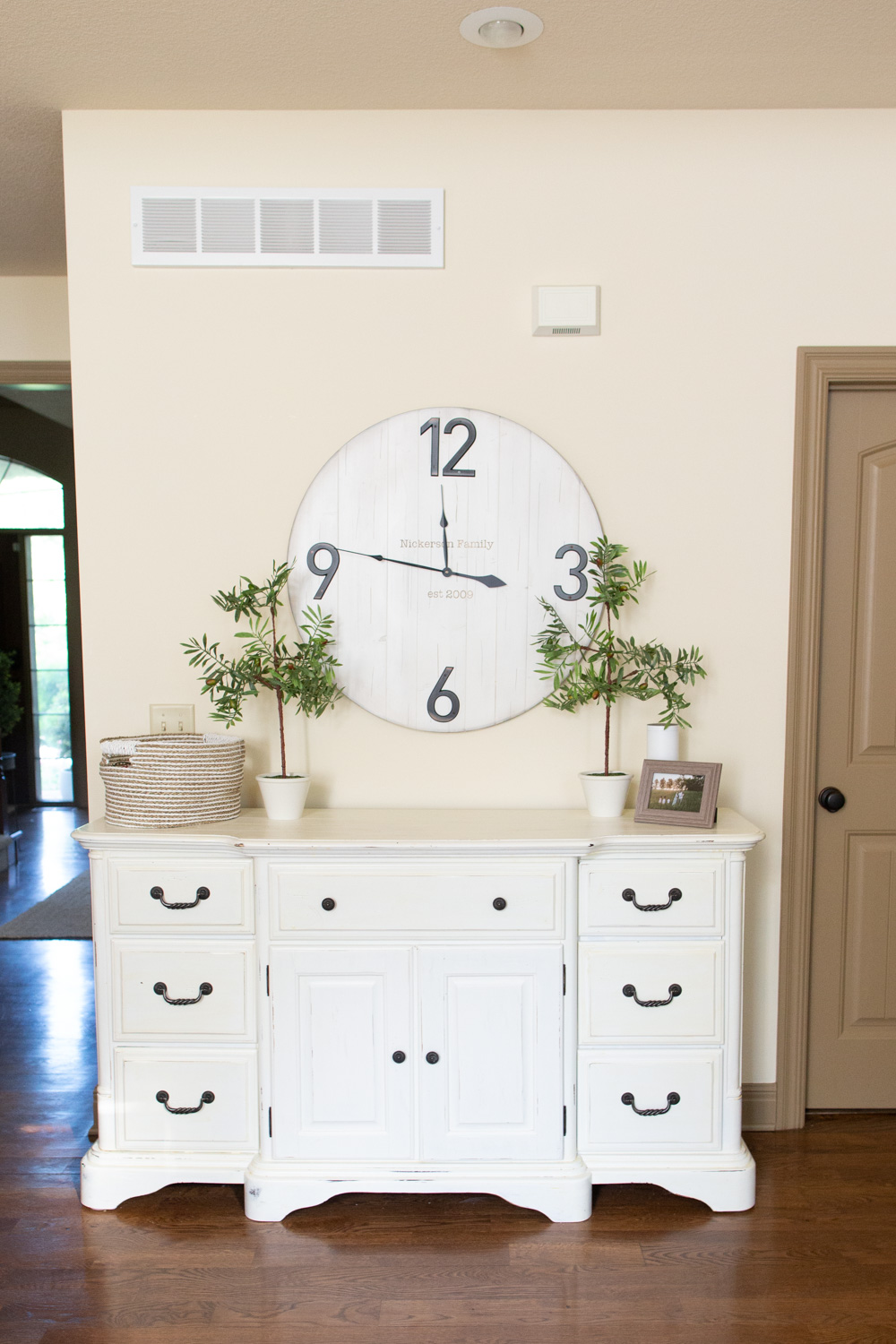 chalk paint with benjamin moore white dove dresser