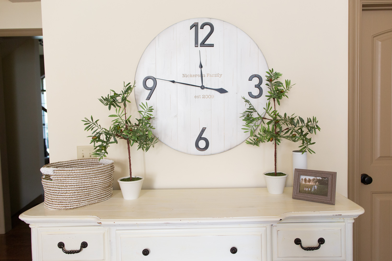 chalk paint dresser and chalk paint wall clock