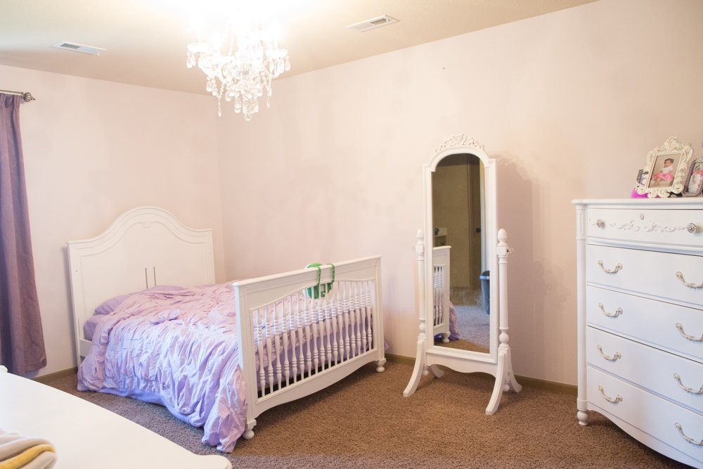 benjamin moore antique pearl alternating lines no wall
