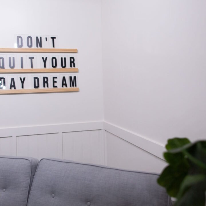 How to Make DIY Oversized Letter Board