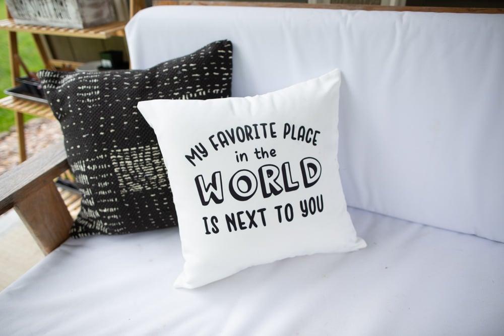 cricut throw pillows outdoors easy