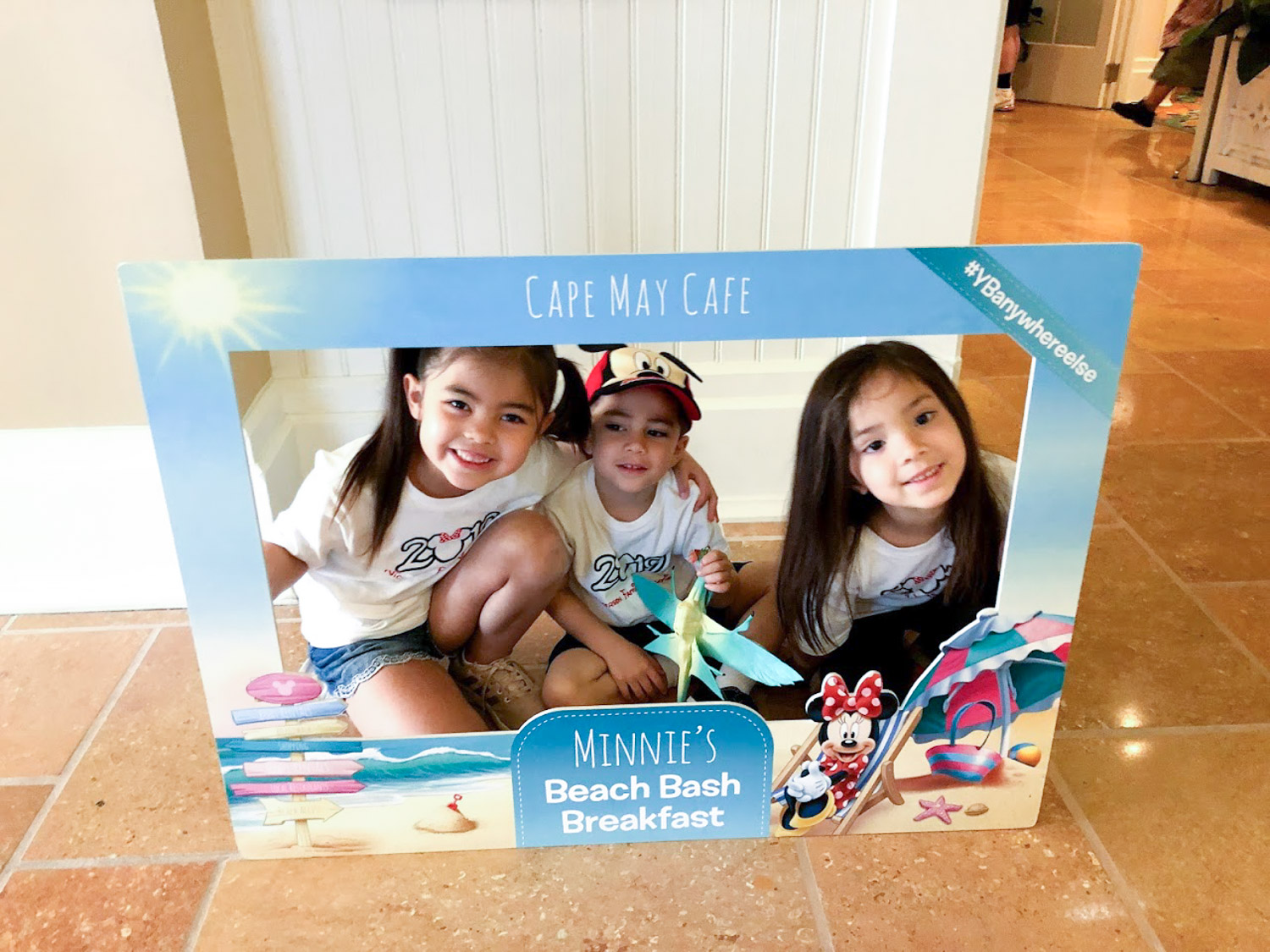 Disney Restaurants - ULTIMATE Dining Reviews and Tips from Family with Four Kids
