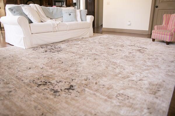 How to Choose a Rug Interior Design Surburban Home 0005
