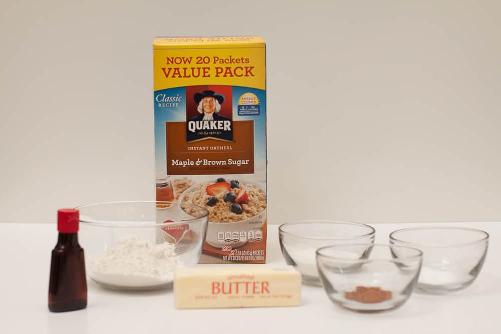 Instant oatmeal cookies for breakfast with vanilla ingredients