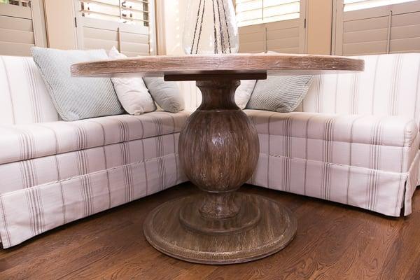 breakfast nook pedestal table