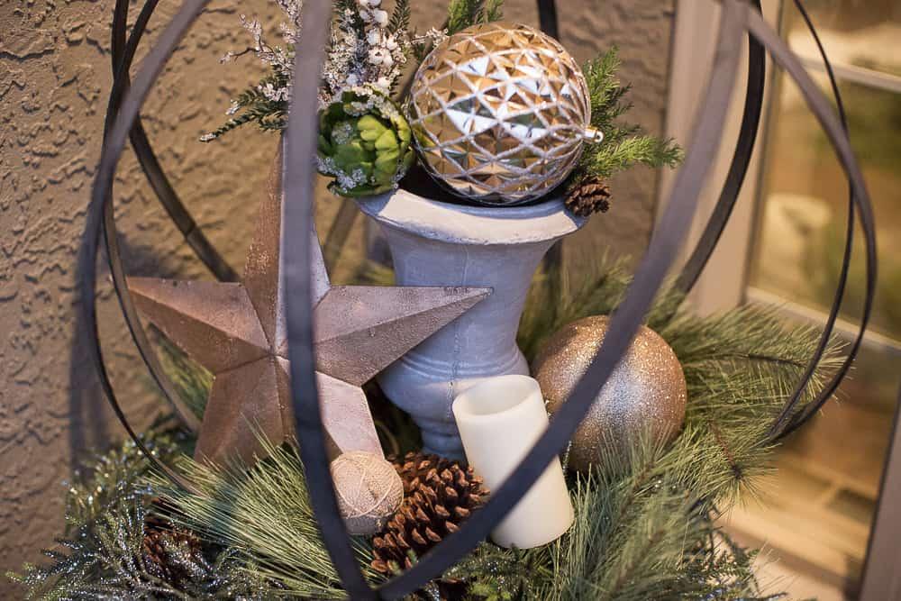 christmas foyer decor07