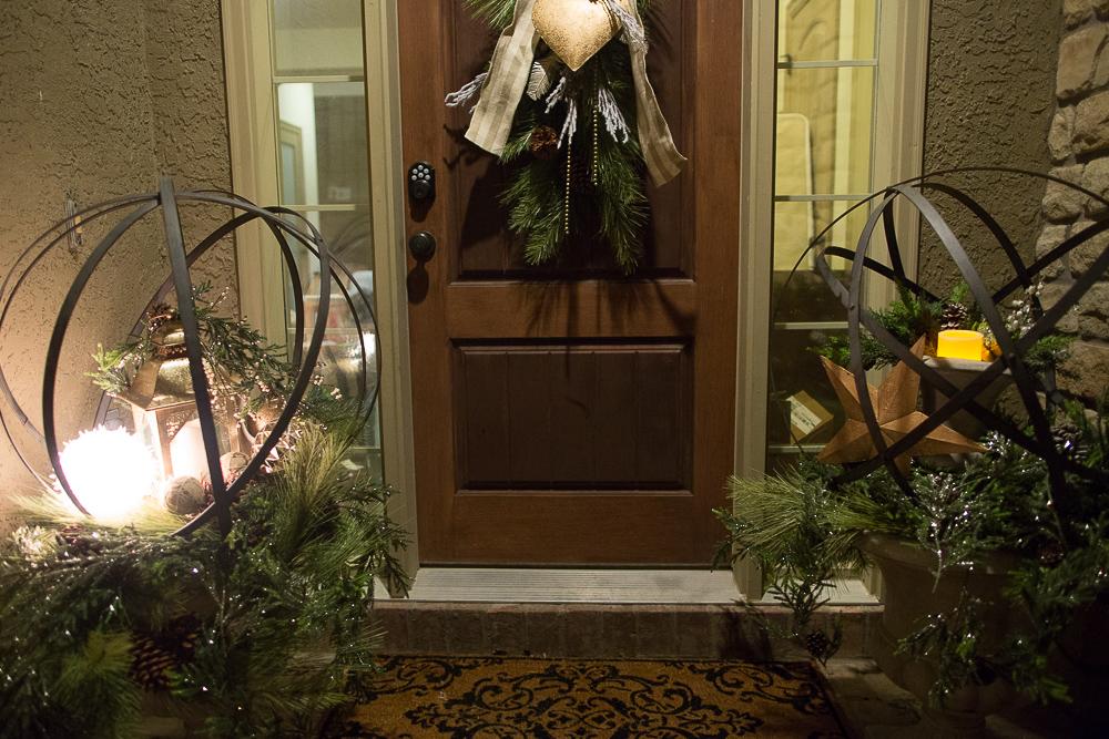 christmas foyer decor08