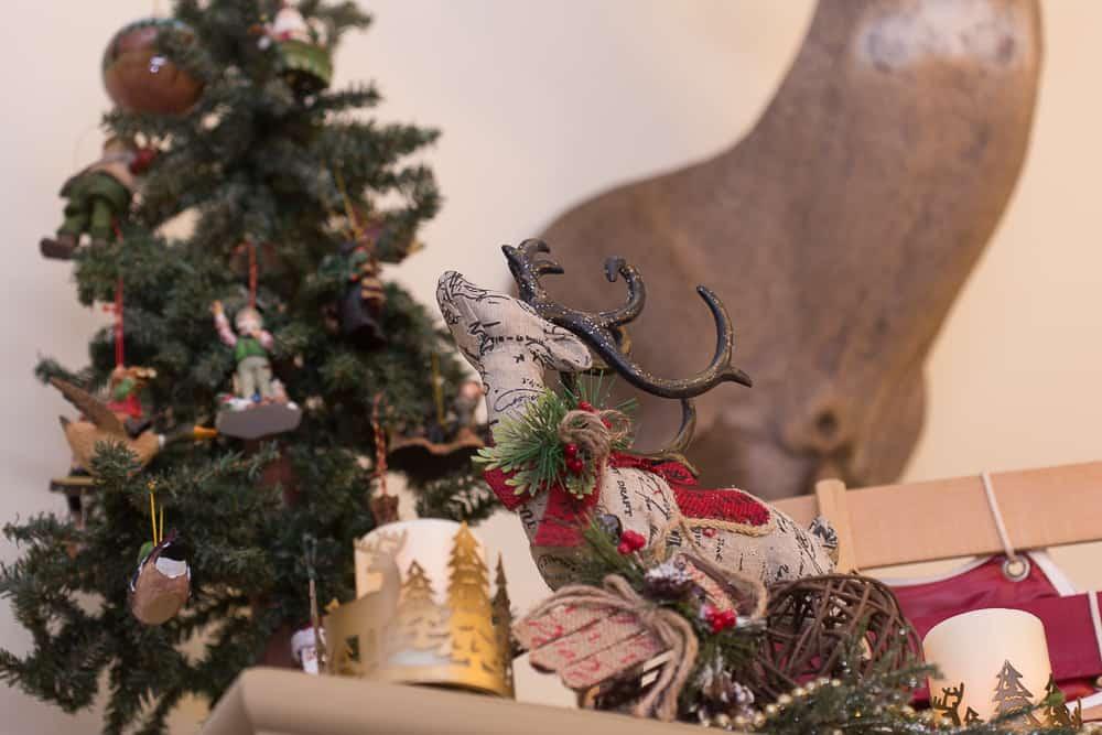 christmas foyer decor19
