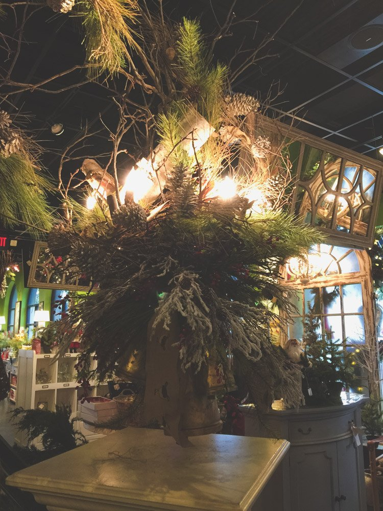 christmas-decorating-nell-hills-mary-carol-10