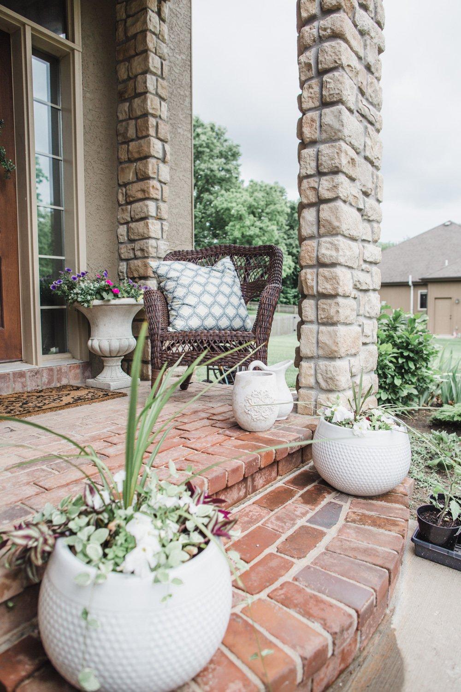 outdoor neutral modern outdoor farmhouse planter pots covered patio