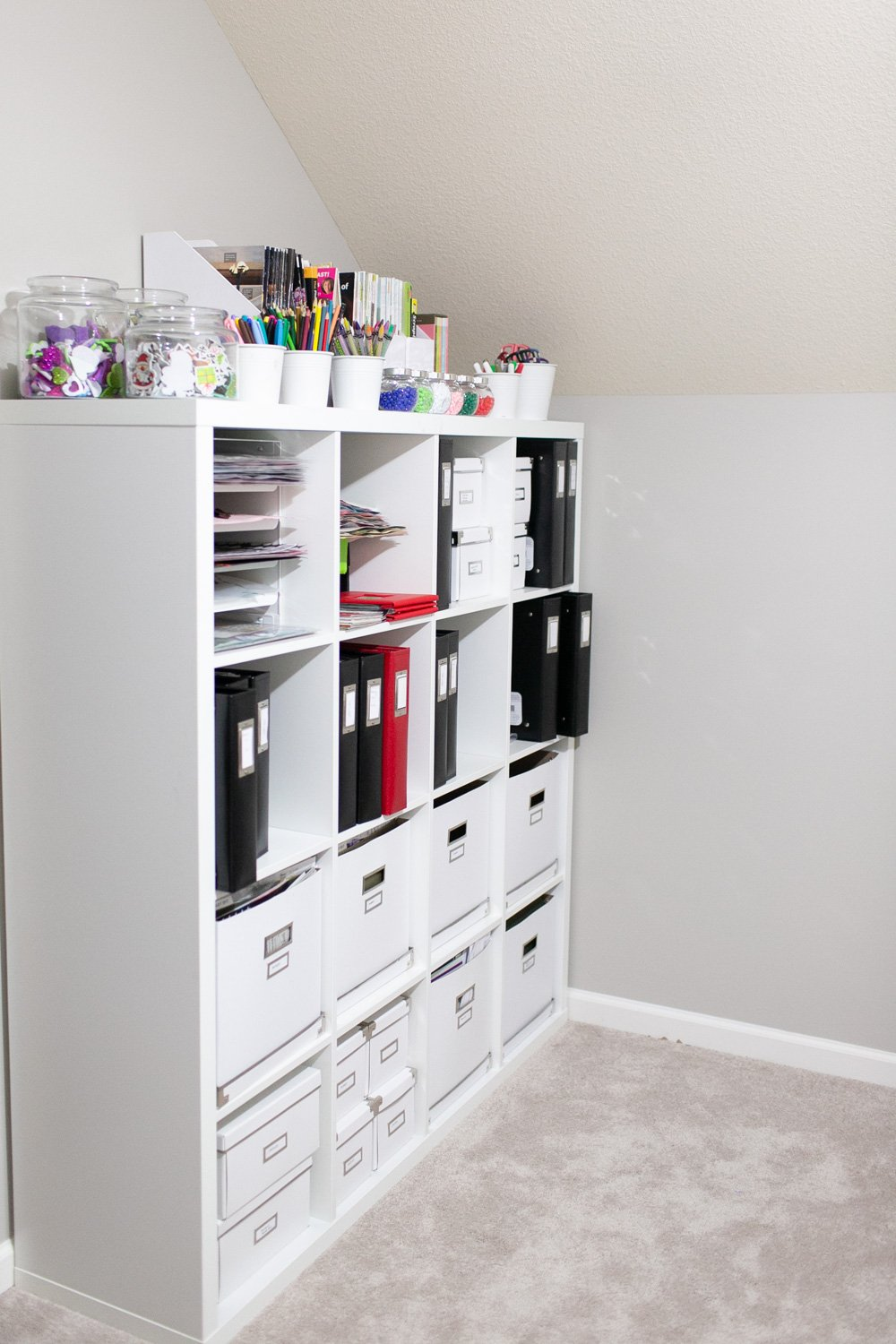 Benjamin Moore Revere Pewter with White Carpet and White Trim