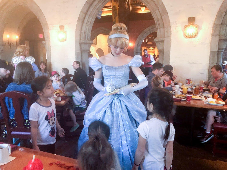 Disney restaurant review at Cinderella Photo