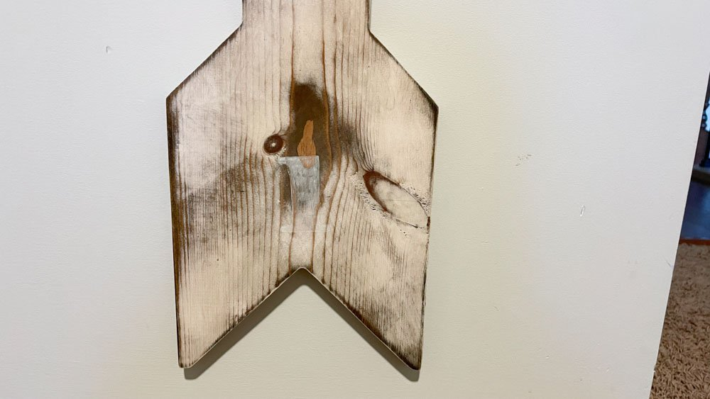 distressed wooden growth chart end design