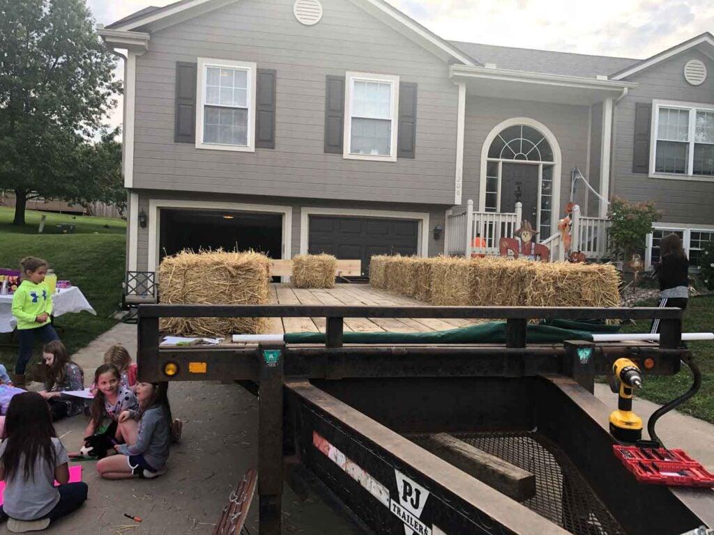 parade float straw bales