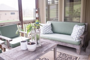 Decorating Patio on a Budget - 5 Tips to Liven Up the Space