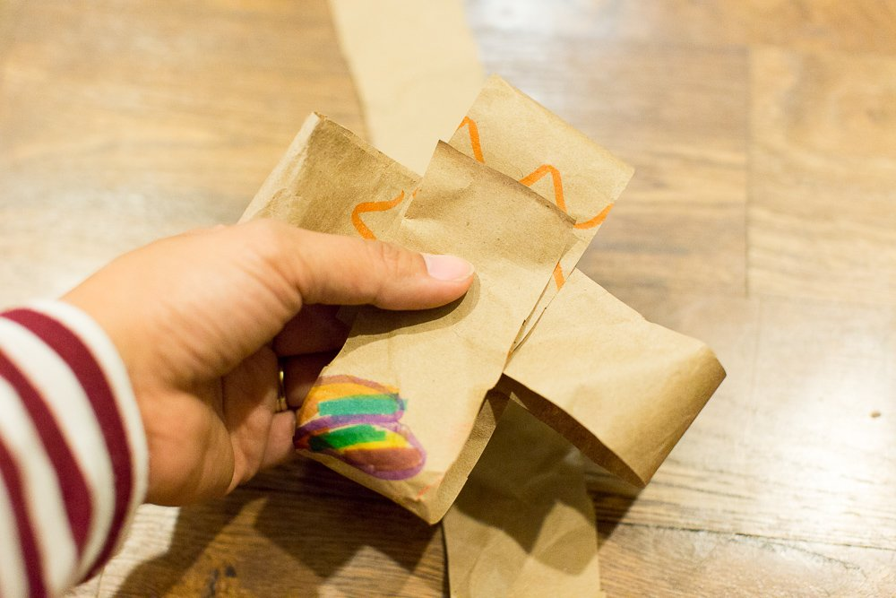 DIY gift wrapping kids project artwork