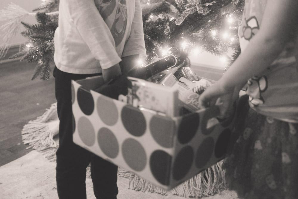 christmas-giving_0002