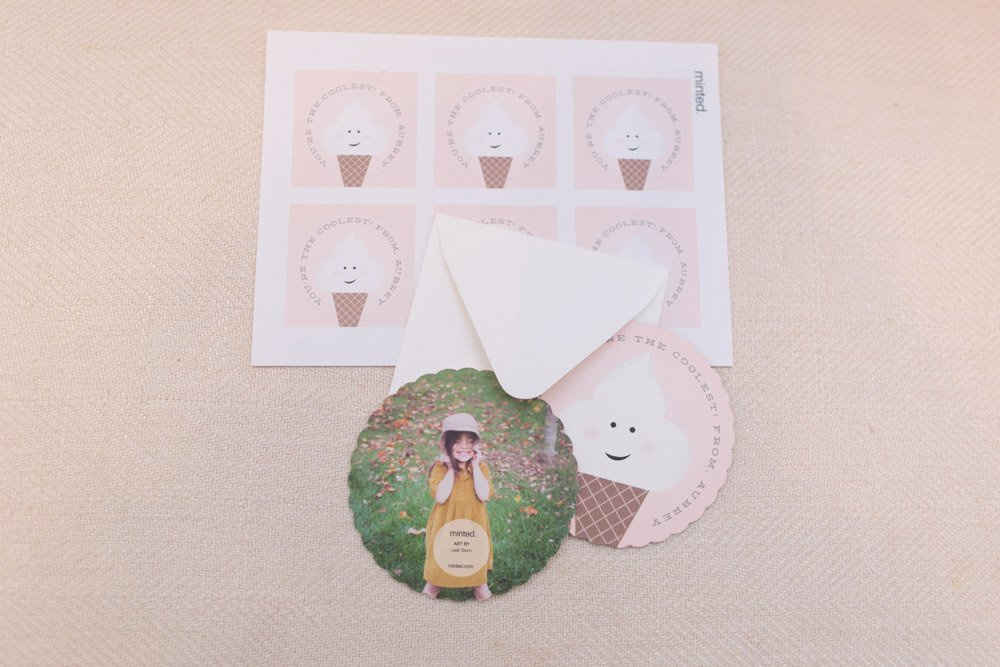 Cute classroom valentine with photo! that kids will love to pass out to their classmates!